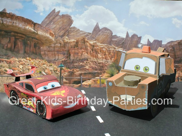 Cars Birthday Party Invitations - Download these FREE printable Disney Cars and use them for invitations, decorations or party favors.  #cars invitations